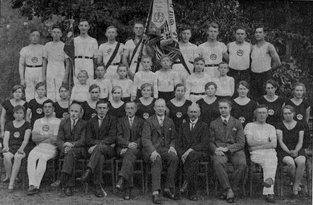 1929 Fahnenweihe MTV Gyhum