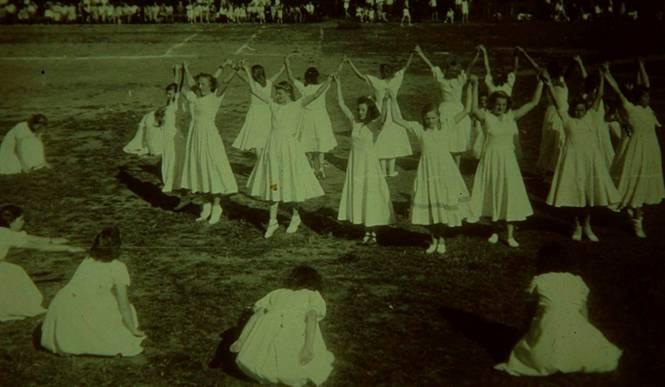 1951 Festnachmittag auf dem Sportplatz