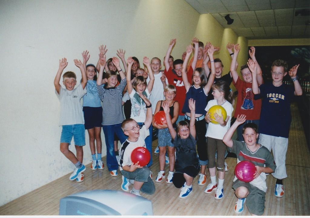 2003 Ferienspass beim Bowling