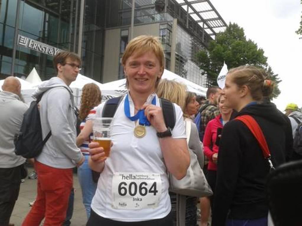 26.04.2014 Inka Müller nach dem Halbmarathon - Lauf in Hamburg