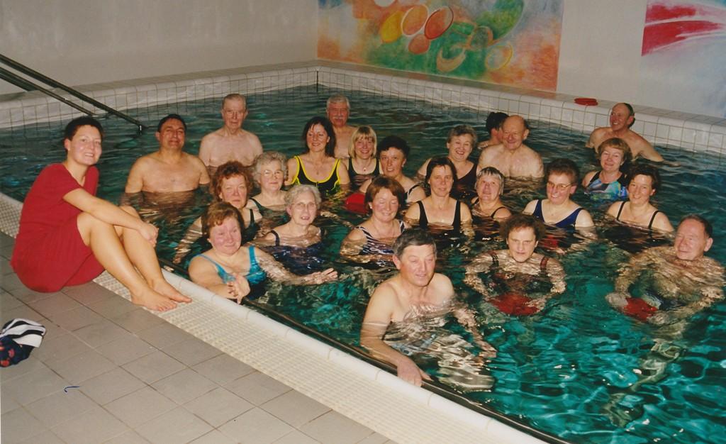 2000 Warmwassergymnastik