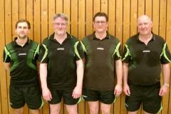 v.l.n.r.: Peter Hils, Thomas Pauly, Vereinsmeister Thomas Franke und Helmut Felsch
