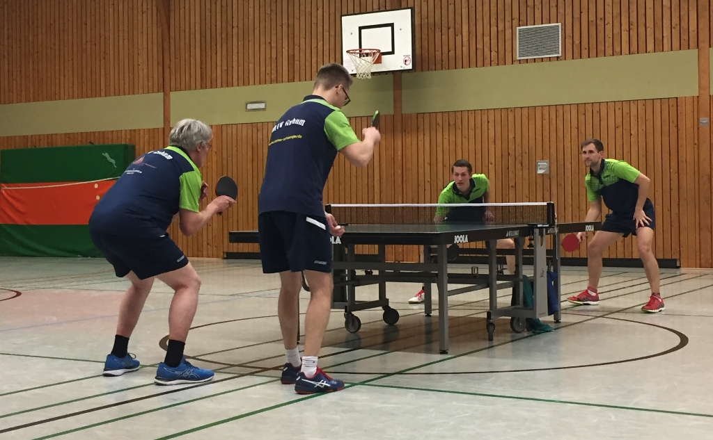 Das Finale: vorne Thomas Pauly und Philipp Gebers / hinten Pascal Felsch und Peter Hils
